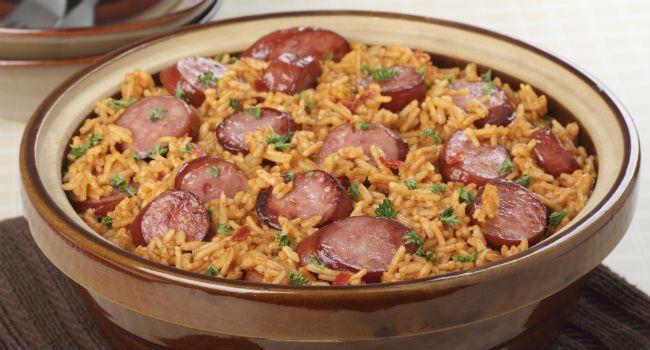 Receita prática de arroz com linguiça e milho verde-Aprenda a preparar essa delicia!