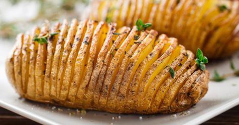 Batata assada em espiral: aprenda receita que deixa a casca bem crocante