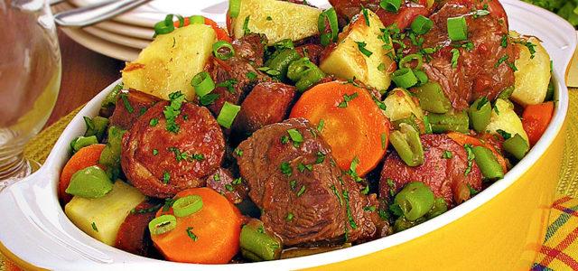 Carne de panela com legumes- Super fácil e  demais!!