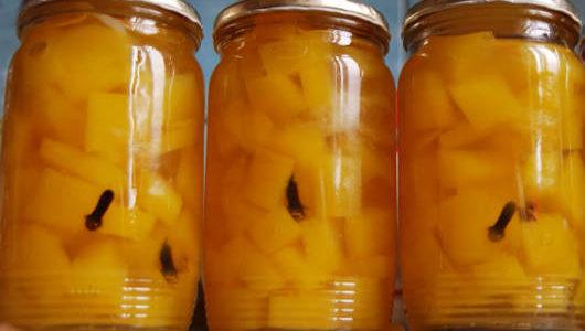 Receita prática e super  deliciosa  compota de abacaxi!