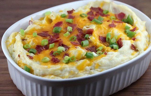 Purê de batatas com queijo:mistura deliciosa!
