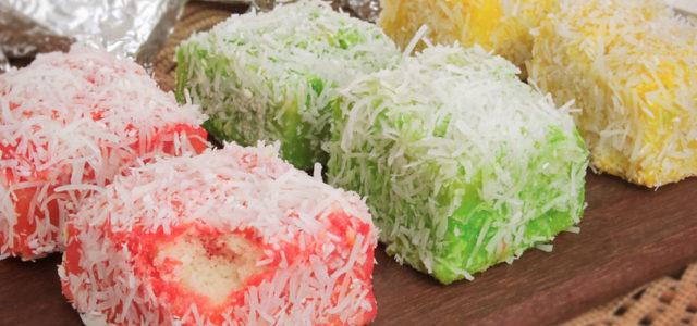 Que tal um bolo gelado para sua tarde? Confira a receita do bolo gelado de gelatina!