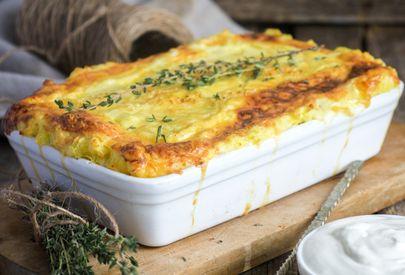 Aprenda a preparar uma maravilhosa torta de batata com presunto e queijo